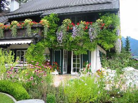 Giardini e terrazzi a bologna un trionfo di fiori e non solo
